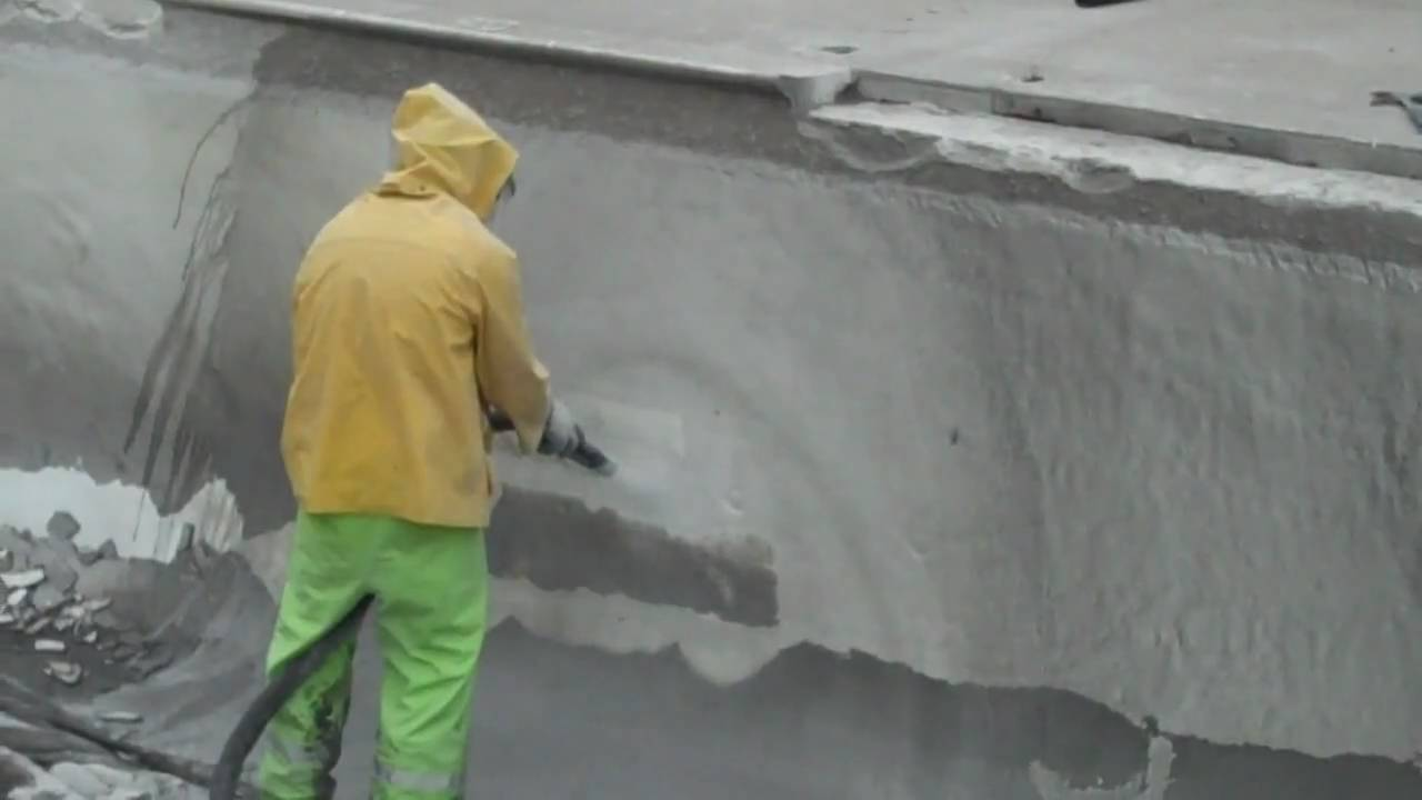 Water Assisted Sand Blasting Removing Paint Youtube