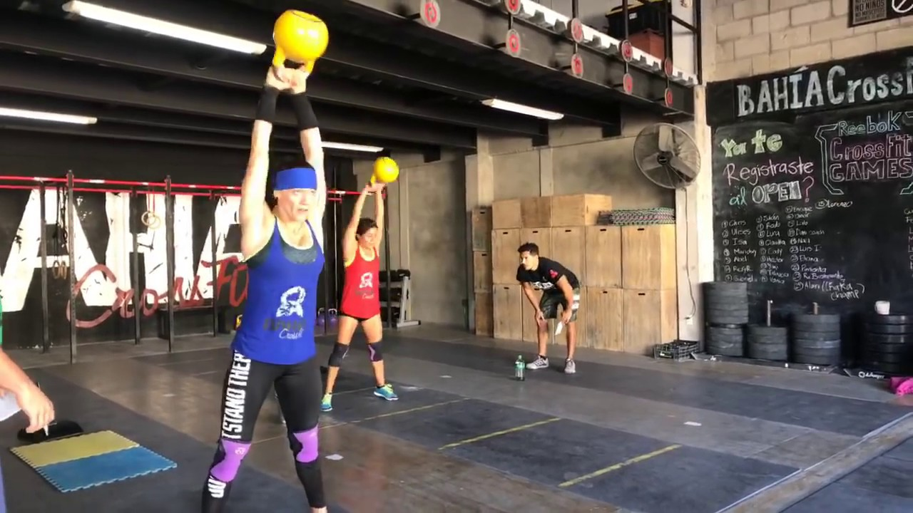 Live Fat Amy Crossfit Wod 12 49 Rx At Bahia Crossfit Youtube