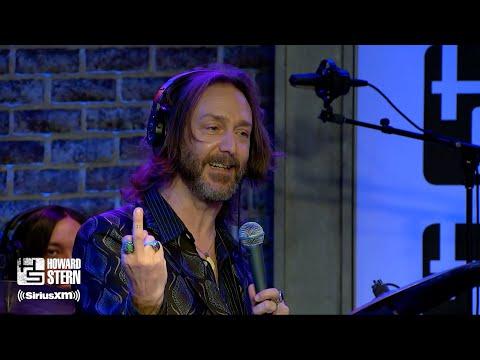 Chris Robinson Recalls Bob Dylan Flipping Off the Rolling Stones