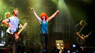 Renegade (LIVE) - Paramore [Audio - Good Quality] + Download