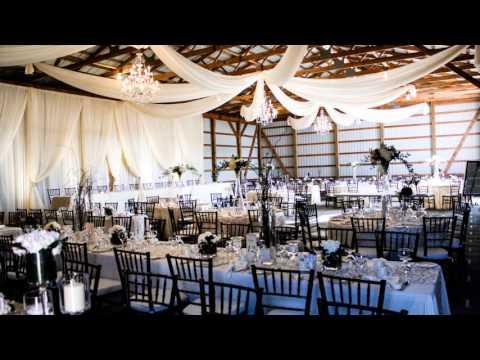 barn-wedding-set-up
