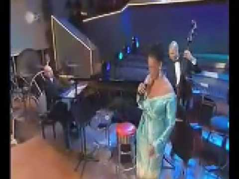 a foggy day - dianne reeves and berlin philarmoniker - 2003