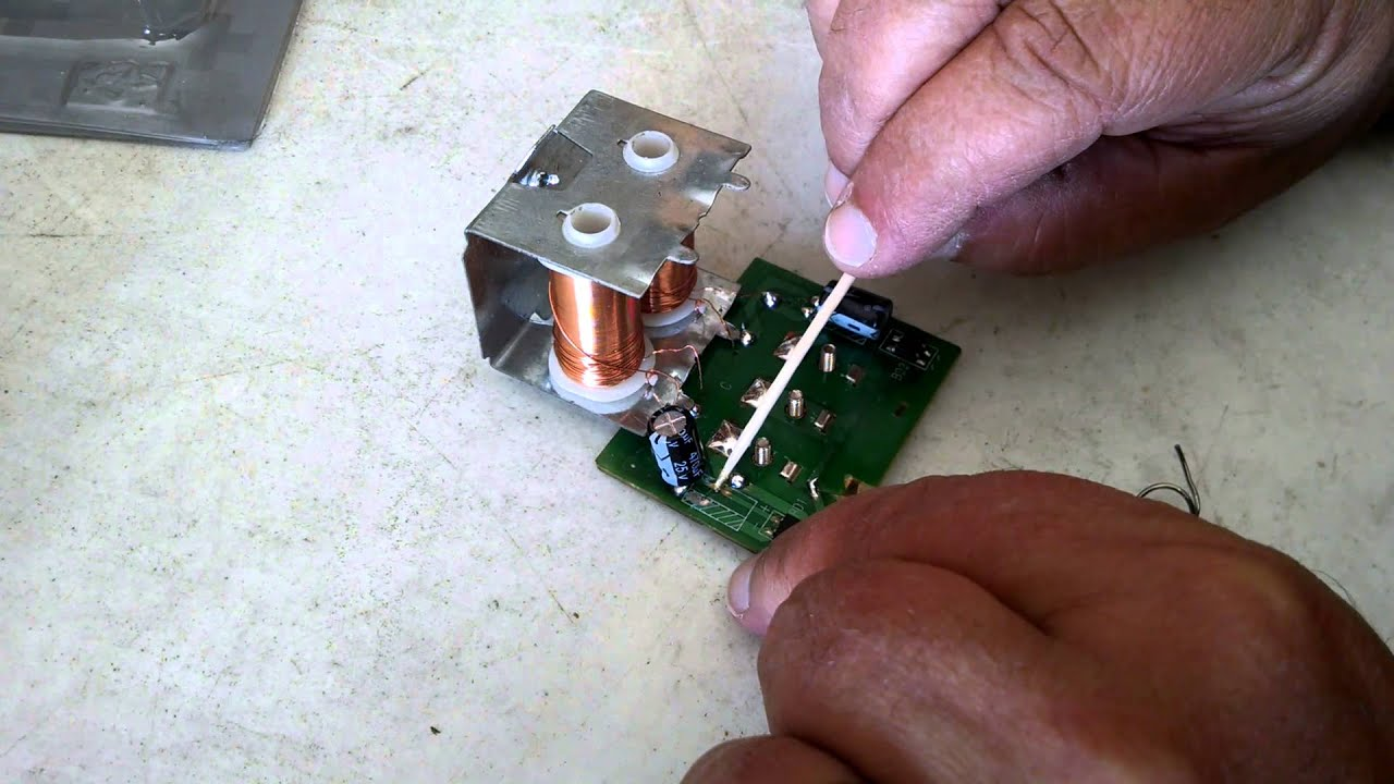 How To Repair A Broken Circuit Board Youtube And Replace Faulty Components From Printed Boards Pcbs