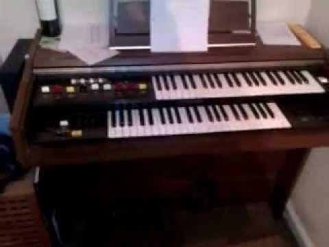 Yamaha Organ - YouTube