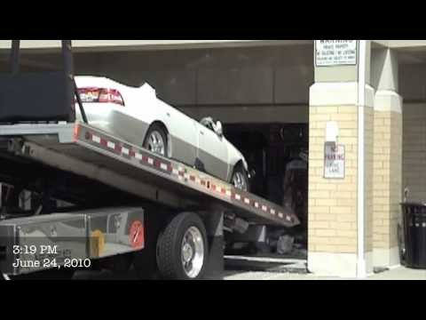 Lexus Crashes into Dry Cleaners in Buffalo Grove, Illinois