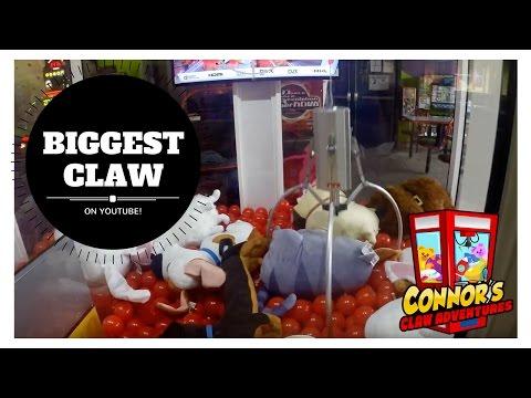 😃Biggest Claw Machine on Youtube! Extreme Big One Win!😃