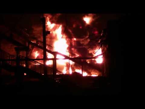 В Харькове партизаны взорвали цистерны с топливом.