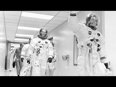 فيديو: ناسا تسعى لإرسال روبوت لنشر تلسكوبات على سطح القمر…  - 20:54-2019 / 7 / 15