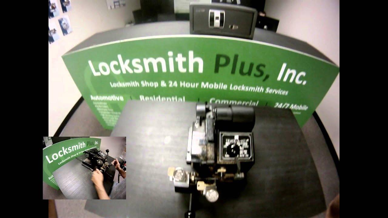 Locksmith Salem Oregon >> Locksmith Plus Inc Salem Or Key Duplication Youtube