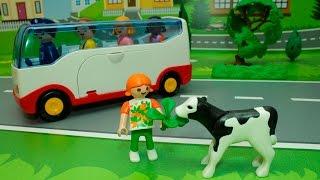 Мультики для детей с игрушками -Прогулка по ферме.