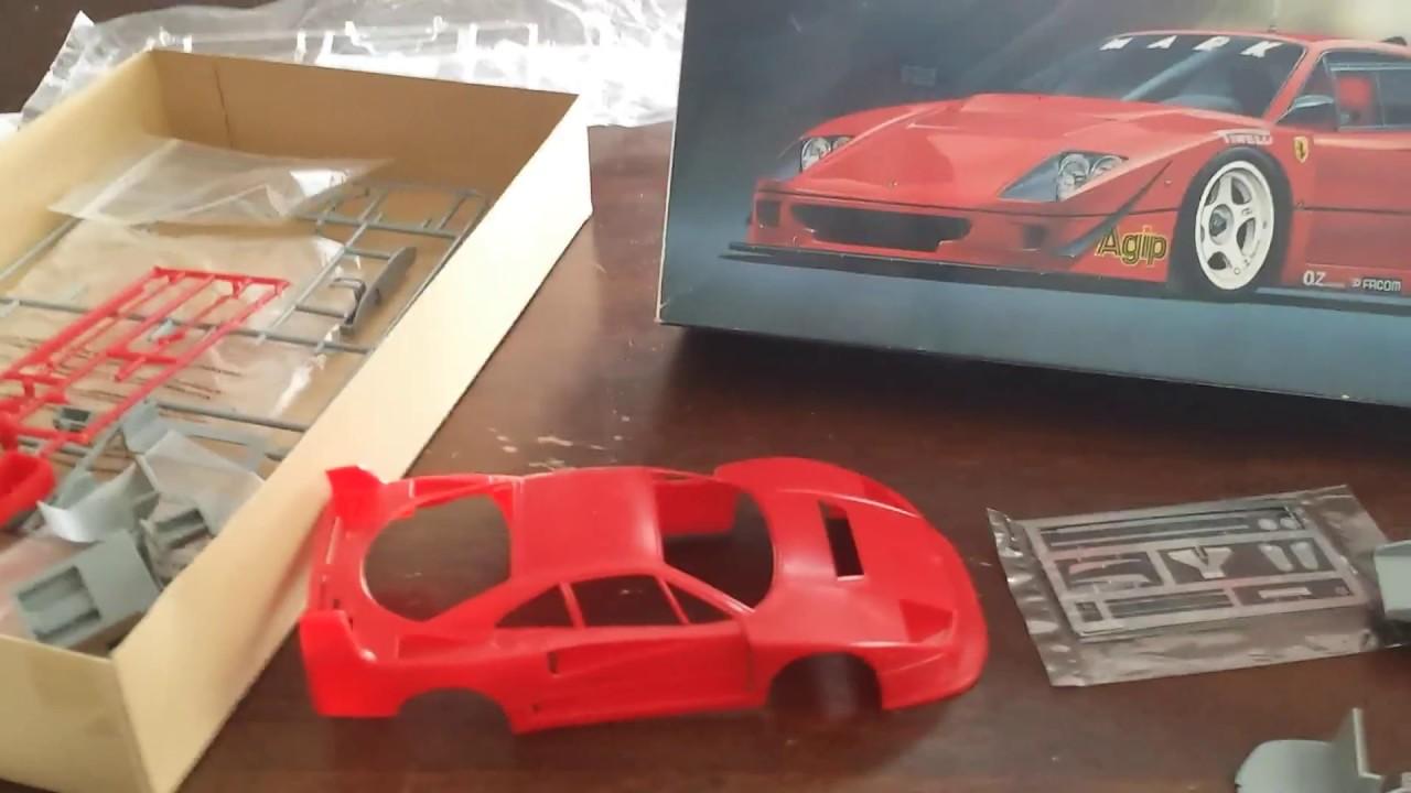 1990 Ferrari F40 Rojo 1:24 Bburago 18-26016