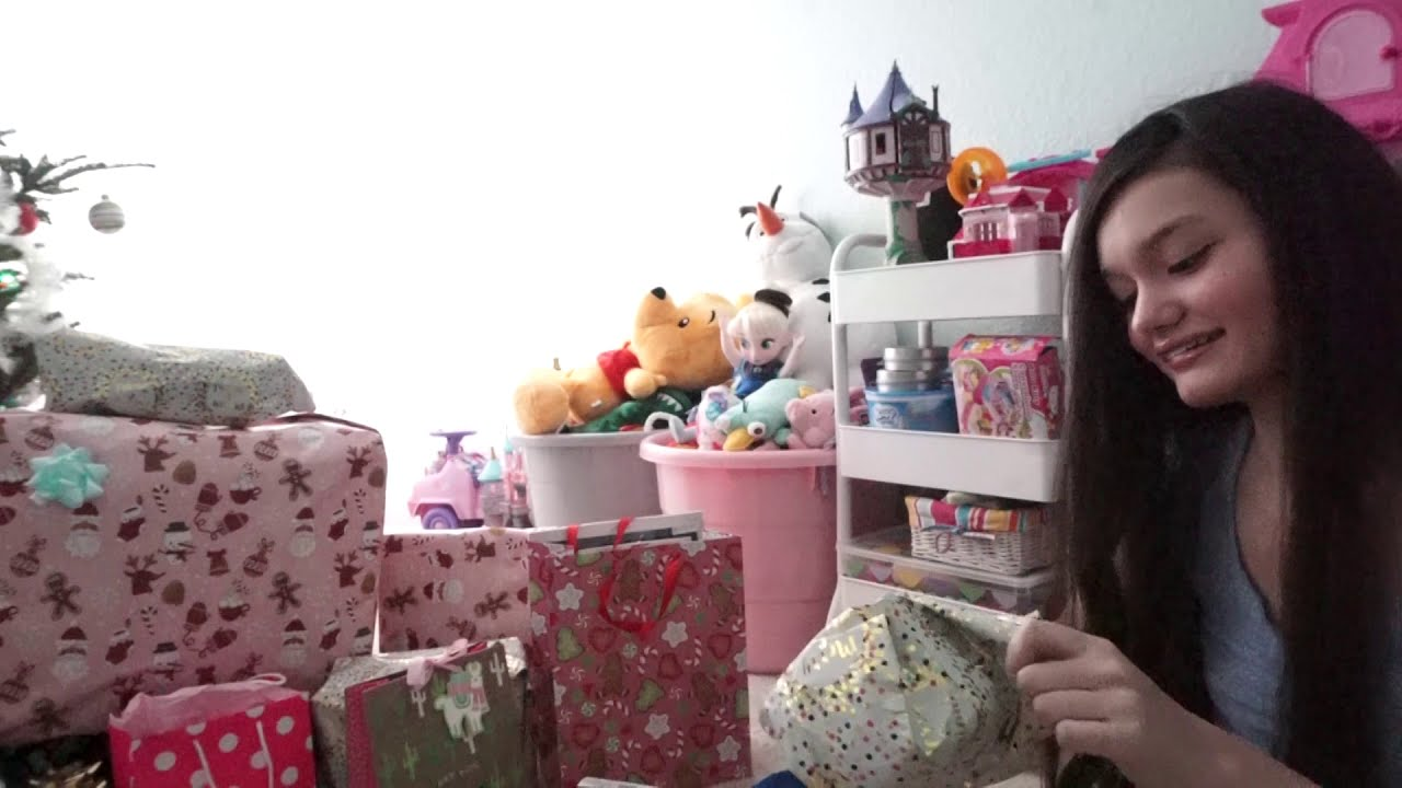 Hd Opening Presents Christmas Morning 2019 Youtube