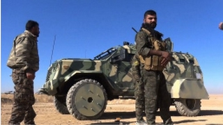 US gives anti-IS Syria force armoured SUVs