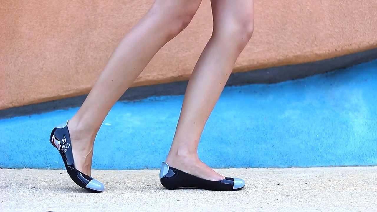 5a74023a03f Силиконови дамски обувки от Кокетна - YouTube