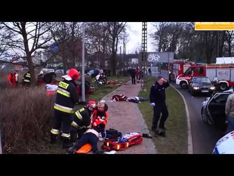 Wypadek w Kamieniu Pomorskim 1 01 2014r +18