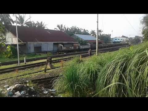 Ka U48 Berangkat Stasiun Tebing Tinggi kobong dikit