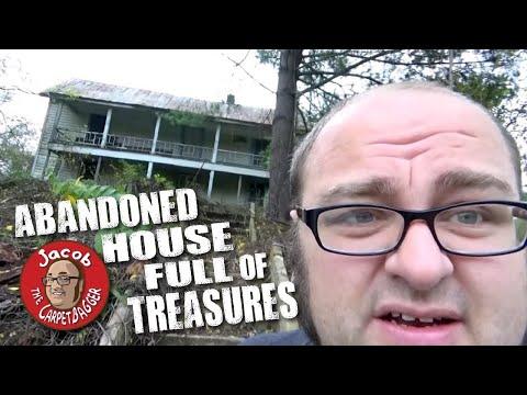 Abandoned House Full of Treasures