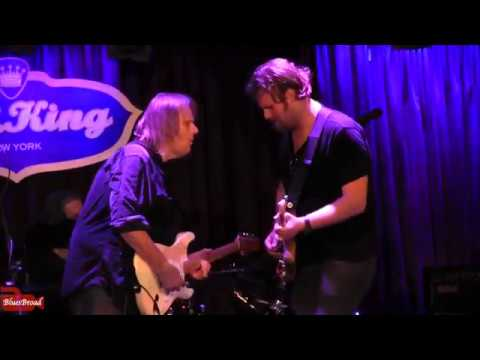 Walter Trout ♪ Do You Still See Me At All • BB King Blues Club NYC 7/12/17