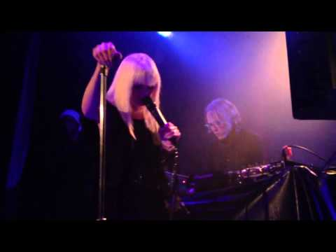 Late Night Alumni - Sapphire (Live @ King King, Los Angeles, 12-01-12)