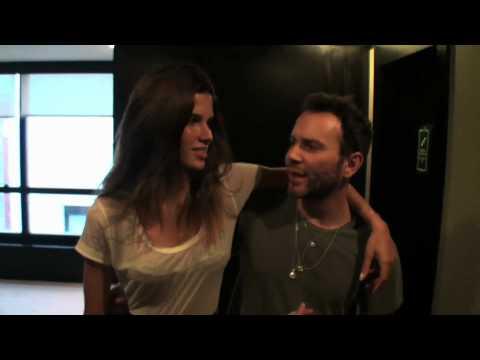 Matheus Mazzafera entrevista Raica Oliveira para o Monange Dream Fashion Tour