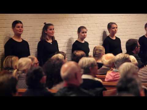 Aarhus Pigekor - koncert i Ansgar Kirke, Flensborg 19. okt. 2016 (9047)