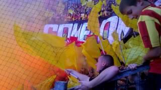 Ambiance début de match valencienne Lens + craquage de fumigène