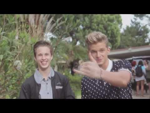 Cody Simpson announces Ryan Beatty will be joining him on the Paradise Tour