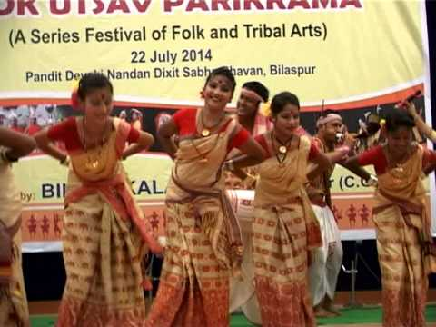 indian folk and tribal dances essay India is a famous country for its various cultural dances like classical (bharat natyam, kathak, kathakli, kuchipudi) and folk according  write essay on indian.