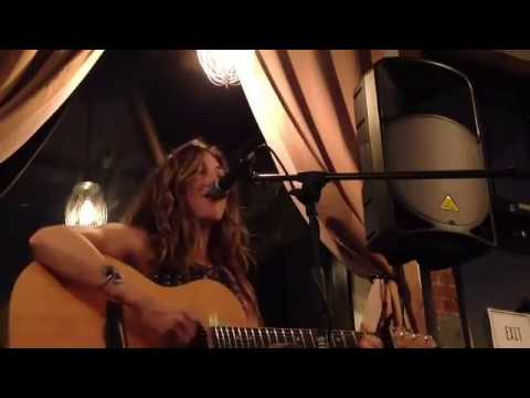 Alyssa Rose - Live at Flour and Salt Bakery (Set 2)