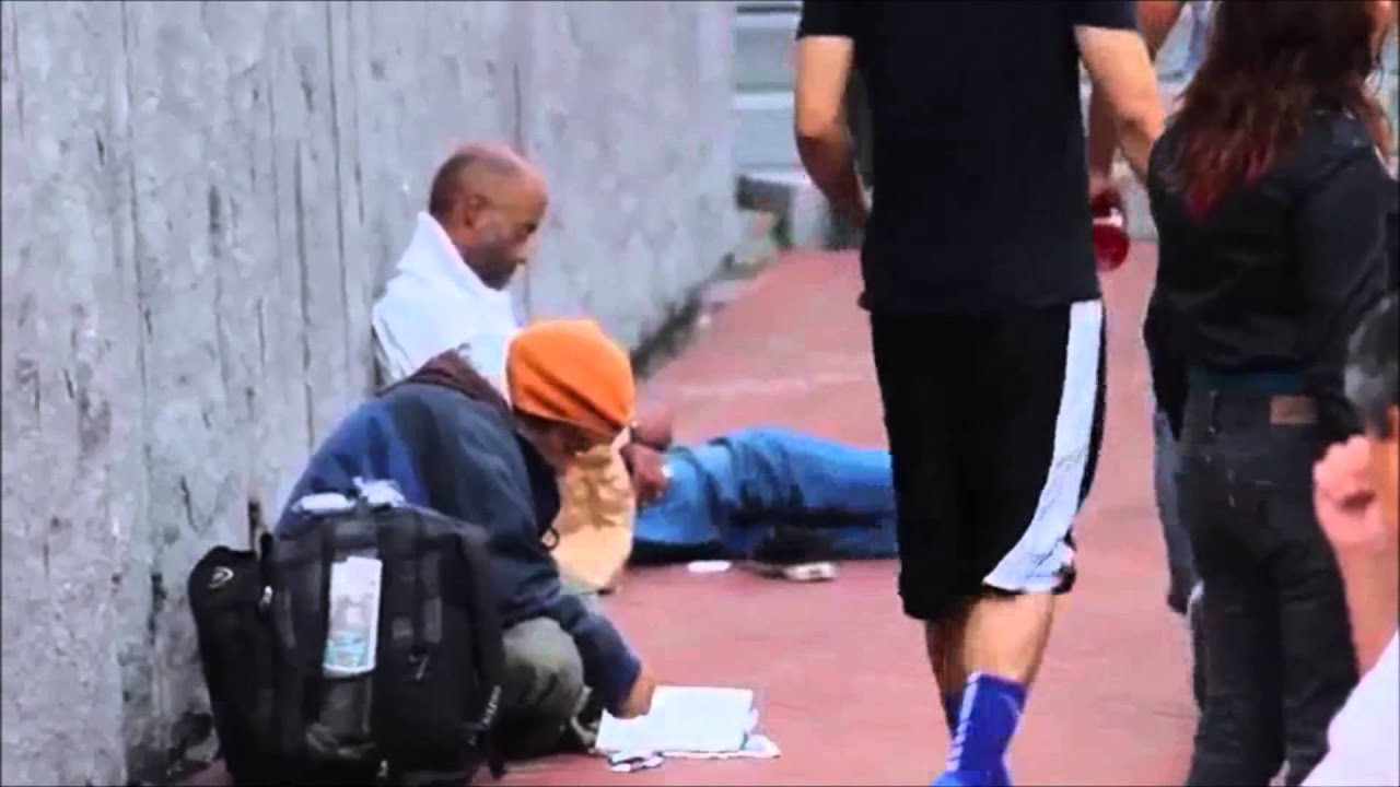 Restoring Faith in Humanity - helping others in need - YouTube