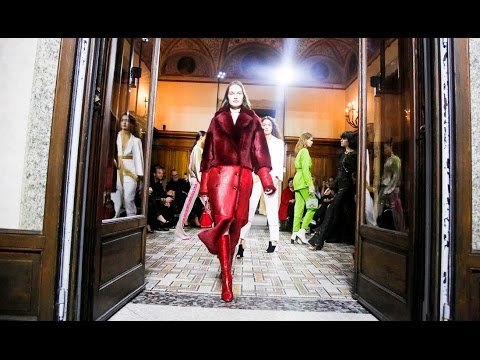 Vionnet | Fall Winter 2017/2018 Full Fashion Show | Exclusive