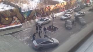 В центре Екатеринбурга водители станцевали лезгинку