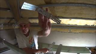 Dach kopertowy - murłata, wieszaki i poziomowanie profili