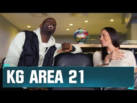 KG Sits Down with Sue Bird | NBA on TNT
