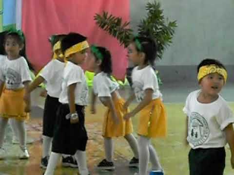 palanan daycare dance with teacher jane