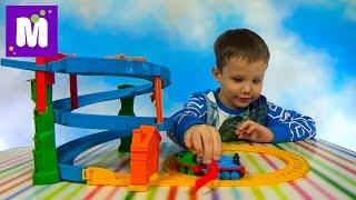 Томас и друзья перегонки с Перси набор трассы с паровозиками распаковка игрушек Thomas trains