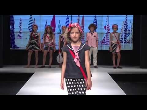 Programa FLASH MODA recomendaciones estilismos Navidad Carolina Simó from YouTube · Duration:  2 minutes 56 seconds