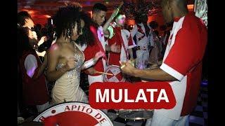 Show de Mulata com Escola de Samba no casamento Clube Português Apito de Mestre