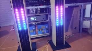Chân kệ loa gỗ đẹp . trang bị led full nháy theo nhạc với nhiều hiệu ứng. Liên hệ 0984982263