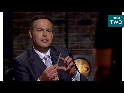 Peter Jones is perplexed by pencils - Dragons