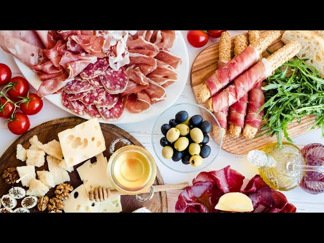 The 6 Best Things to have on a Charcuterie Board