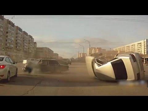 Смотрите только новые видео ролики аварий и ДТП