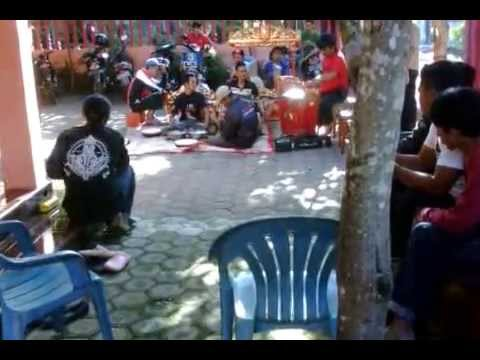musik etnik banyuwangi 1