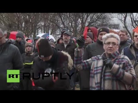 Iceland: Protesters show red card to Johannsson in Reykjavik