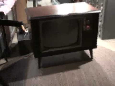 1971 Zenith Color Television In Repair  Part 1 Of 4