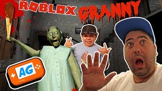 Granny chases me in Roblox, We Escape granny the game