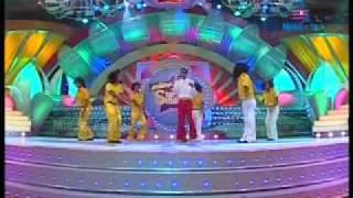 "Munch Star Singer adarsh song ""mane madhura karimbe"""