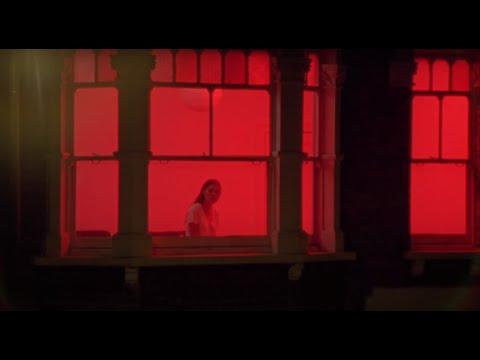 Клип FaltyDL - Drugs (feat. Rosie Lowe)