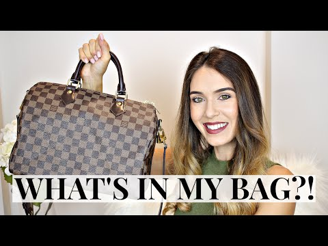 4235113fd9c5 WHAT S IN MY BAG