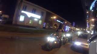Про отношение автомобилистов к мотоциклистам.
